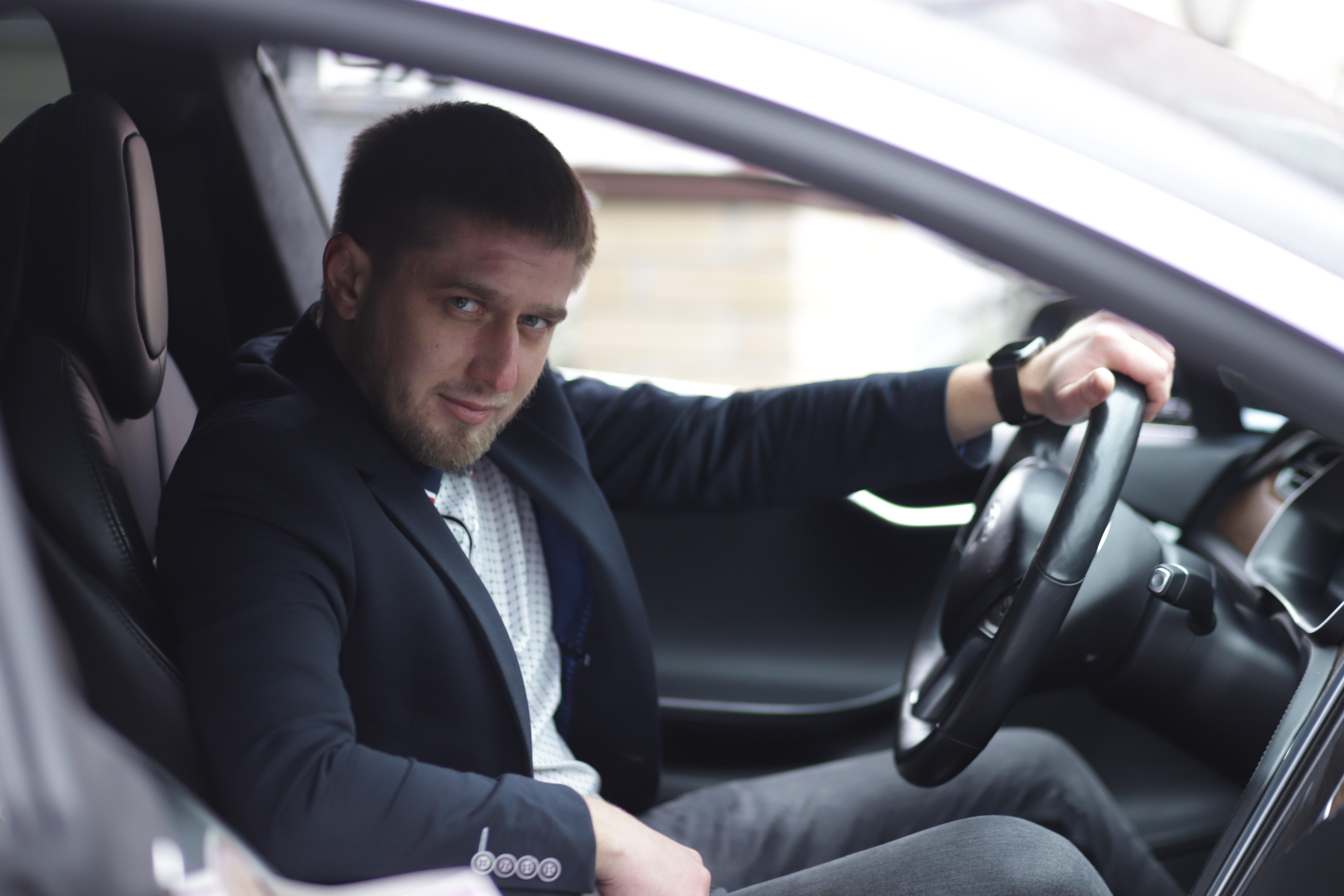 Стать водителем Merci